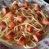 spaghetti saucisse